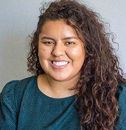 Academic Case Manager Stephanie Lezama